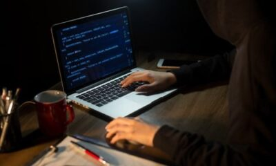 how data breaches occur with hackers and malicious vectors