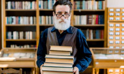 Google Is a Librarian: Teaching SEO to Non-Specialists via @sejournal, @claudiafaceoff