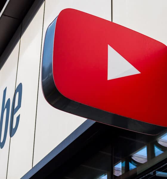 YouTube Rolls Out 3 Updates For Live Streams via @sejournal, @MattGSouthern