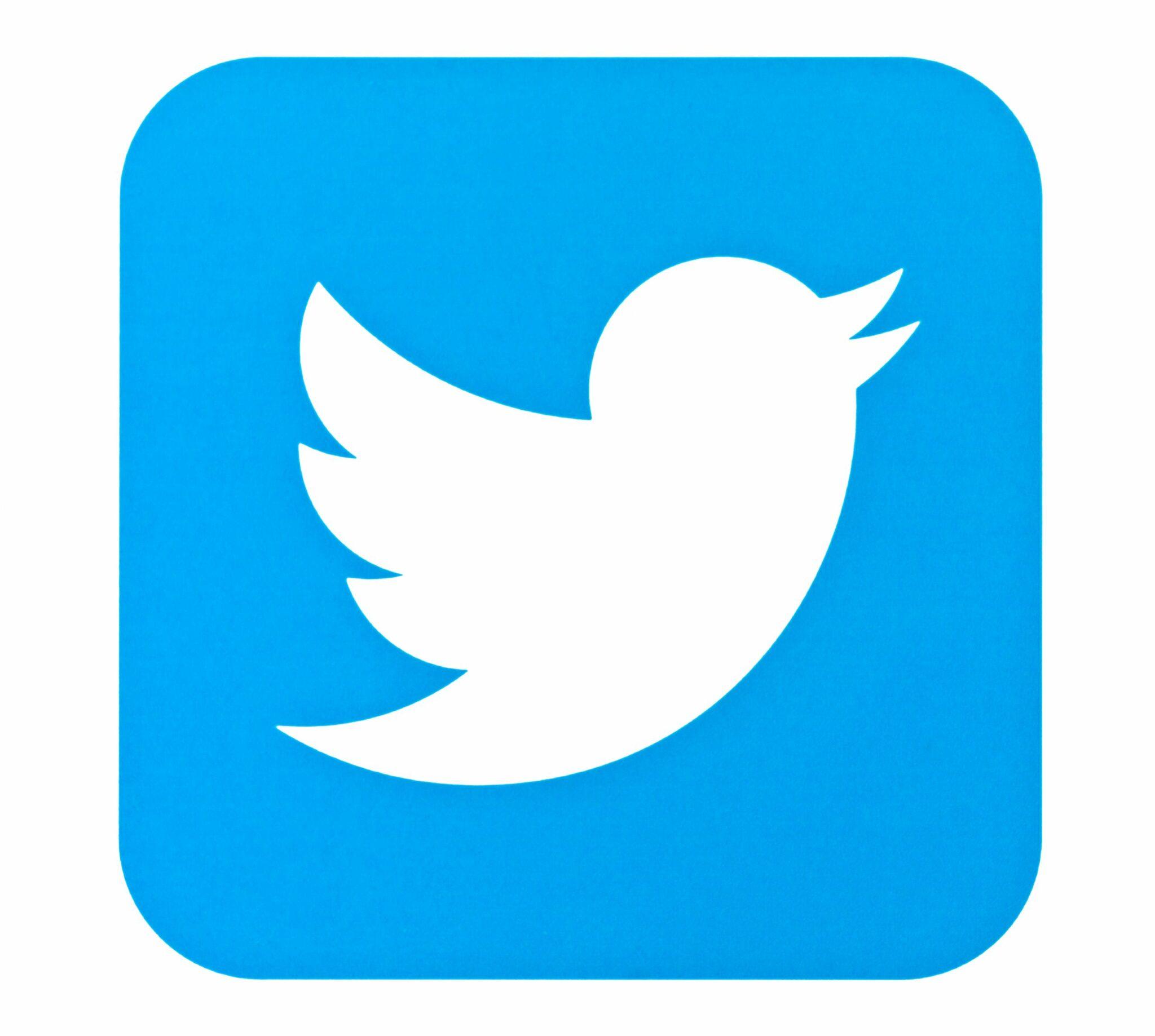 Twitter Tests Voting On Tweets via @sejournal, @RebekahDunne