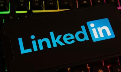 LinkedIn Adds Ratings & Reviews to User Profiles via @sejournal, @MattGSouthern